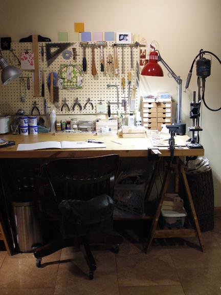 08-Studio